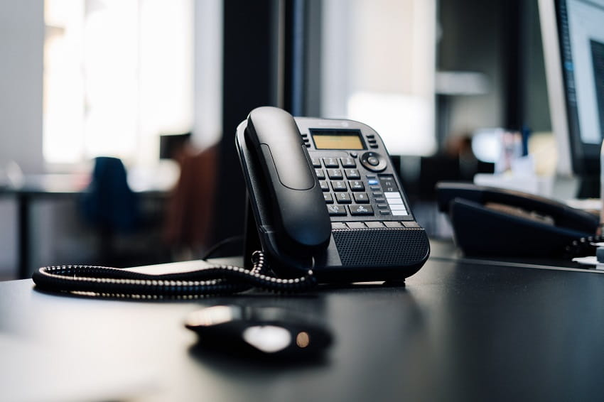 In-Source Vs. Outsource Call Center Costs: A Comparison