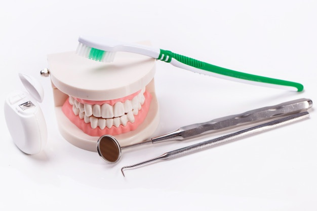 How to Maintain Dentures: Understand What They Are and How You Can Care For Them